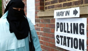 UK-polling-station-niqab