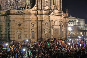 bachmann-will-kein-politisches-amt_pdaarticlewide