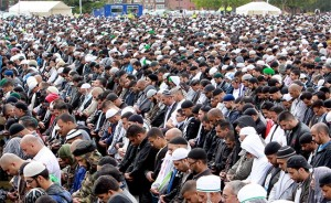 muslims-praying-birmingham